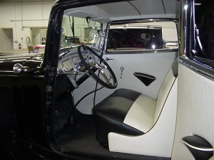1932 ford 3 window coupe (10)