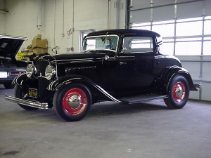 1932 ford 3 window coupe (3)