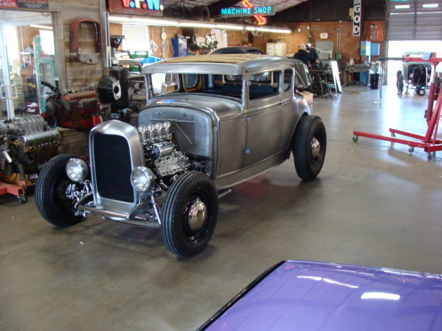 3 1931 ford model A coupe