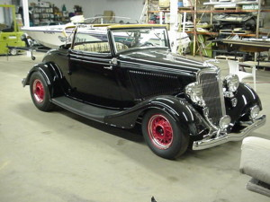 6.6 1934 ford 2 inch choped top roadster